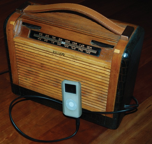 simple circuits turn a tube radio into an mp3 amp. Black Bedroom Furniture Sets. Home Design Ideas