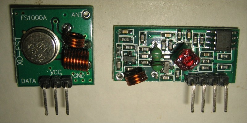 Photo 1: 315 MHz Transmitter-Receiver Pair (Receiver on Left)