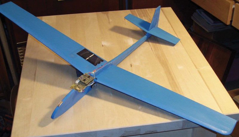 Photo 2: This is the well-equipped high-altitude low-cost (HALO) experimental glider.