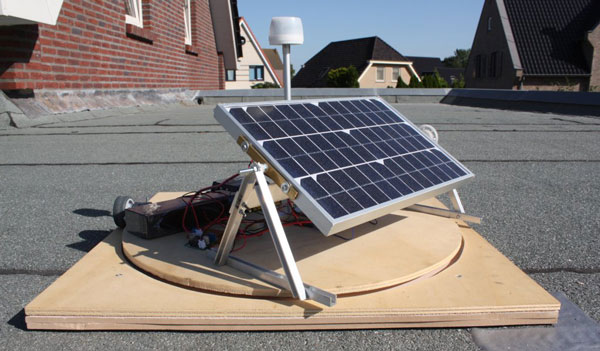"Photo 1: The Sun Chaser's stepper motor controls the solar panel's ""tilting."""